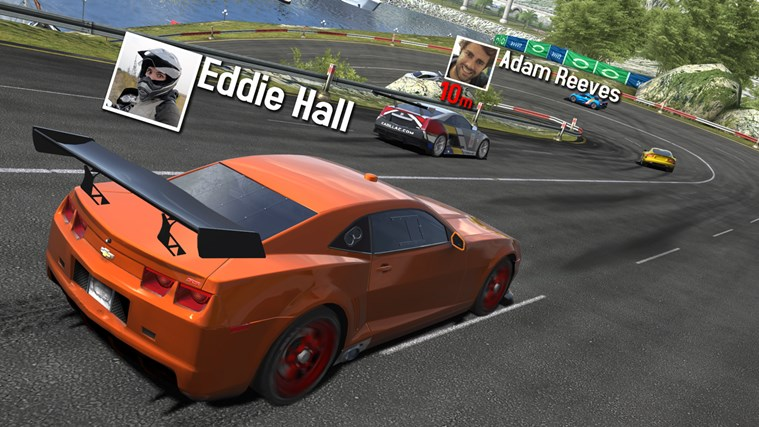 GT Racing 2: The Real Car Experience screen shot 2